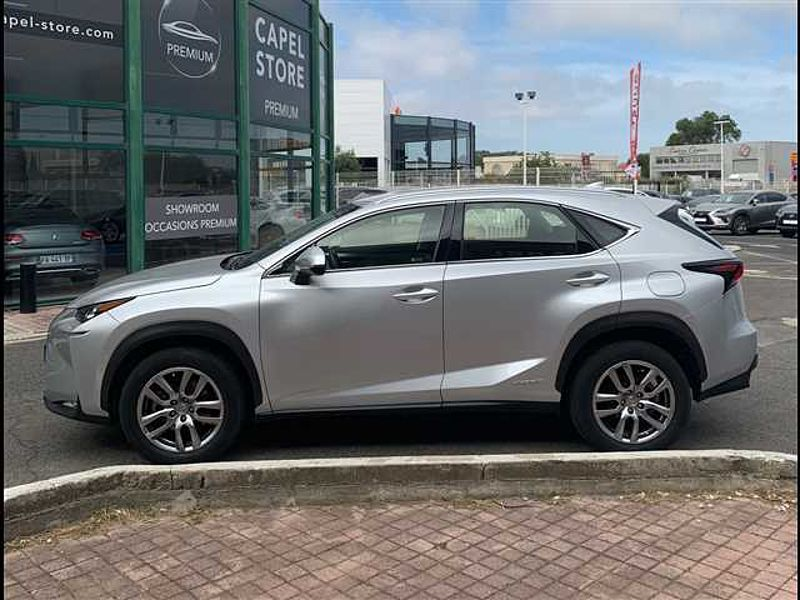 Lexus NX 300h 4WD Pack Business E-CVT